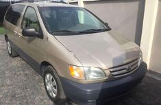 2003 Toyota Sienna for sale in Lagos