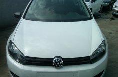 Volkswagen Golf 5 2012 White for sale