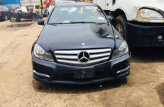 Good Mercedes-Benz C300 2010 up for sale