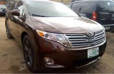 Nigerian used Toyota Venza available 2010 FOR SALE