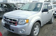 2008 Clean Ford Escape for sale