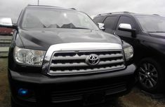 Almost brand new Toyota Sequoia Petrol 2012