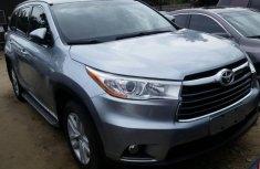 Toyota Highlander 2015 Petrol Automatic Grey/Silver