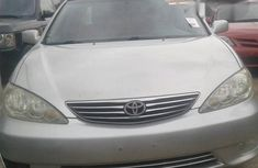 Tokunbo Toyota Camry XLE 2006 Gray for sale