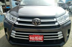 Toyota Highlander 2017 Gray for sale