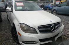 Clean Mercedes-Benz C300 2008 White for sale