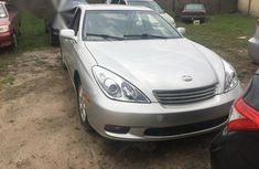 Tokunbo Lexus ES 300 2004 Silver FOR SALE