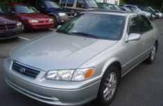 Clean Tokunbo Toyota Camry 2001 Silver for sale