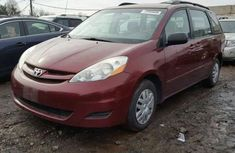 Toyota Seinna 2010  for sale