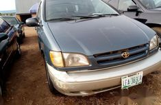 Toyota Sienna 1999 Blue for sale