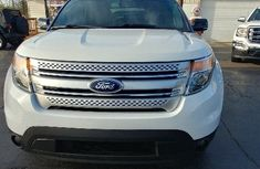 CLEAN 2010 FORD EXPLORER WHITE FOR SALE.
