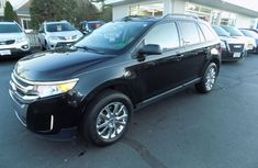 CLEAN 2010 FORD ESCAPE BLACK FOR SALE.