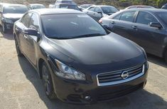 CLEAN 2005 NISSAN SENTRA BLACK FOR SALE.