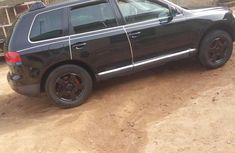 Volkswagen Touareg 2005 Black FOR SALE