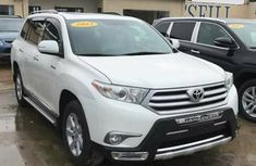 Toyota Highlander 2012 in good condition for sale