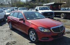 CLEAN 2008 MERCEDES BENZ E350 RED FOR SALE.