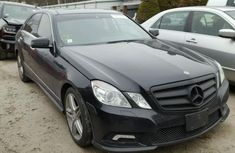 CLEAN 2008 MERCEDES BENZ E350 BLACK FOR SALE.