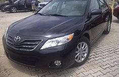 2014 Toyota Camry XLE black For sale