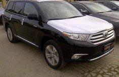 2012 Toyota Highlander black for sale with full option