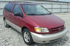 Toyota Sienna 2003 Red for sale