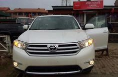 Toyota Highlander 2012 Model silver for sale