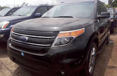 Almost brand new Ford Explorer Petrol 2012