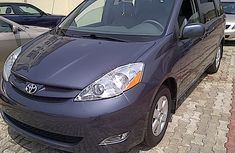 2007 Clean Toyota Sienna for sale