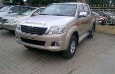 2007 Toyota Hilux Gold for sale