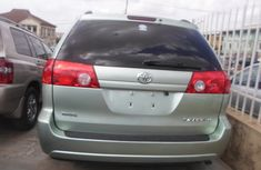2009 Toyota Sienna Silver for sale