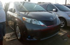 Toyota Sienna 2012 Automatic Petrol ₦8,600,000 for sale