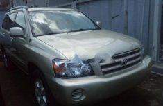 Toyota Highlander 2003 Petrol Automatic Gold