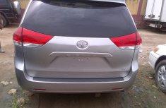 Toyota Senina 2011 for sale