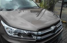 Almost brand new Toyota Highlander Petrol 2018