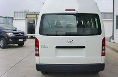 TOYOTA HAICE 2011 White for sales