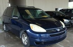 2004 TOYOTA SIENNA CE BLUE FOR SALE