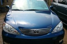 Clean Toyota Camry 2005 for sale