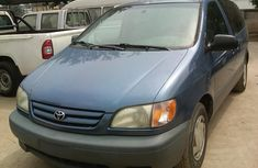 2001 Model Toyota Sienna FOR SALE