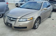 Toyota Acura 2004 in good condition for sale