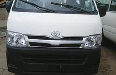 Toyota HIACE 2013 bus White FOR SALE