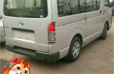 neat clean Toyota Hiace  bus 2006 FOR SALE