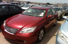 Lexus ES 350 red for sale 2010
