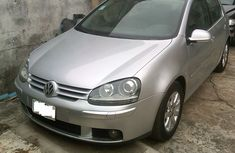 WELL KEPT 2005 VOLKSWAGEN GOLF3 FOR SALE  WITH  FULL  OPTION