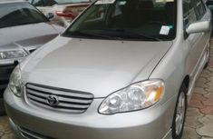 Toyota Corolla 2004 Gold for sale