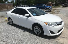 Clean Toyota Camry Hybrid 2012 Red FOR SALE