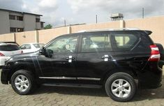 Toyota Land Cruiser Prado 2017 Petrol Automatic Black for sale