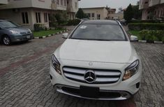 Almost brand new Mercedes-Benz GLA Petrol 2017