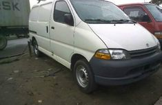 2000 Toyota HiAce Manual Diesel well maintained