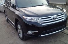 Clean Toyota Highlander 2012 for sale