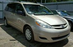 Toyota Sienna for sale 2009