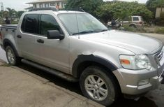 2009 Ford Explorer Automatic Petrol well maintained